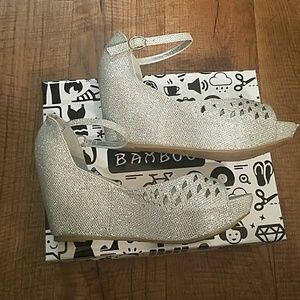 Shimmering Silver wedges Size 8